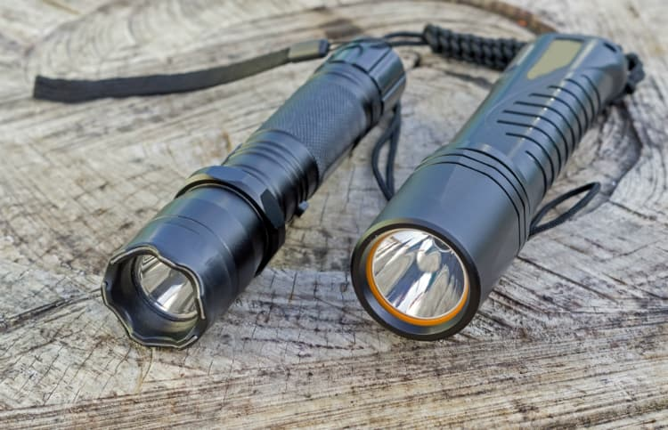 The Definitive Buyers Guide: How to Choose Flashlights - Flashlights