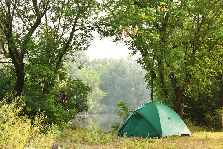 wild camping by lake