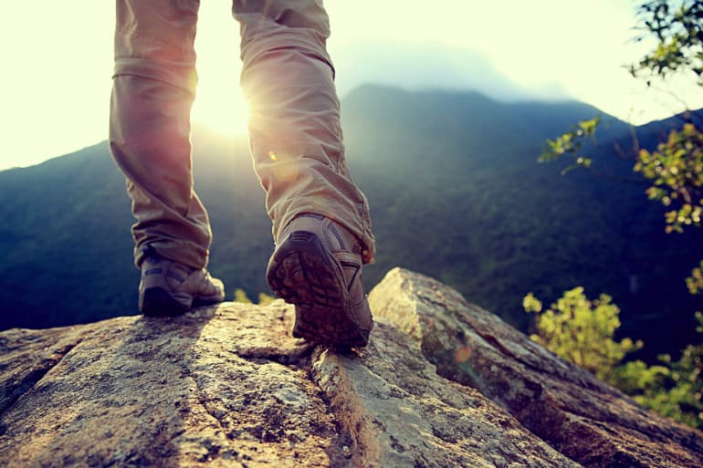 How to Choose the Best Walking Shoes