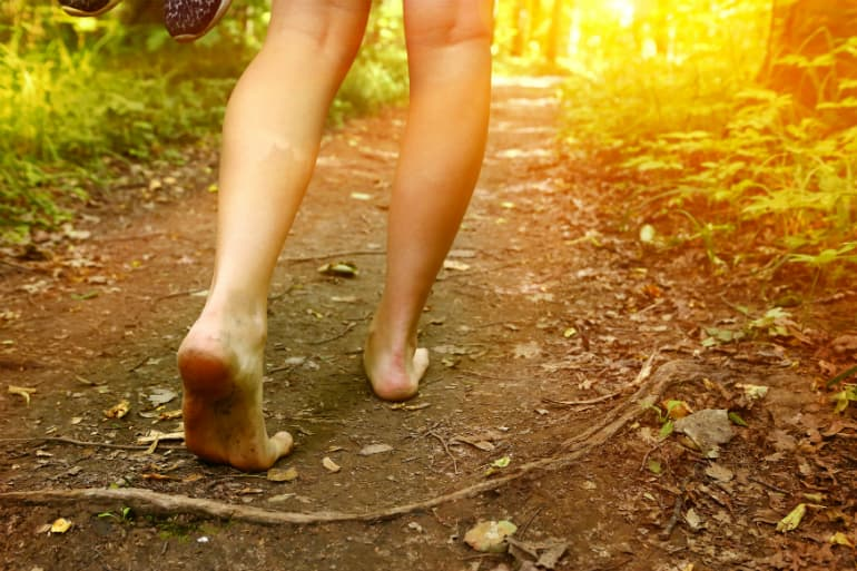 How to Choose the Best Walking Shoes - Foot Shape