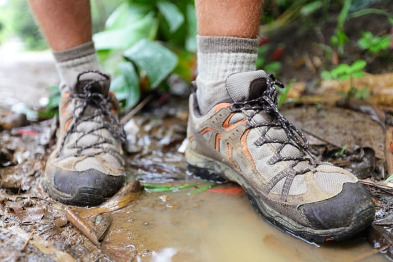 How to Choose the Best Walking Shoes - Waterproofing
